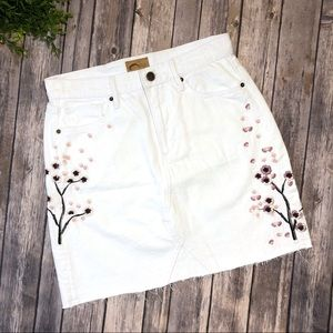 Free People Driftwood White Jean Skirt Floral